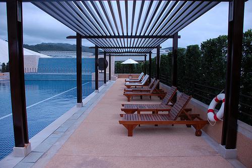 De piscinas las piscinas seguras e higi nicas i for Pergolas para piscinas