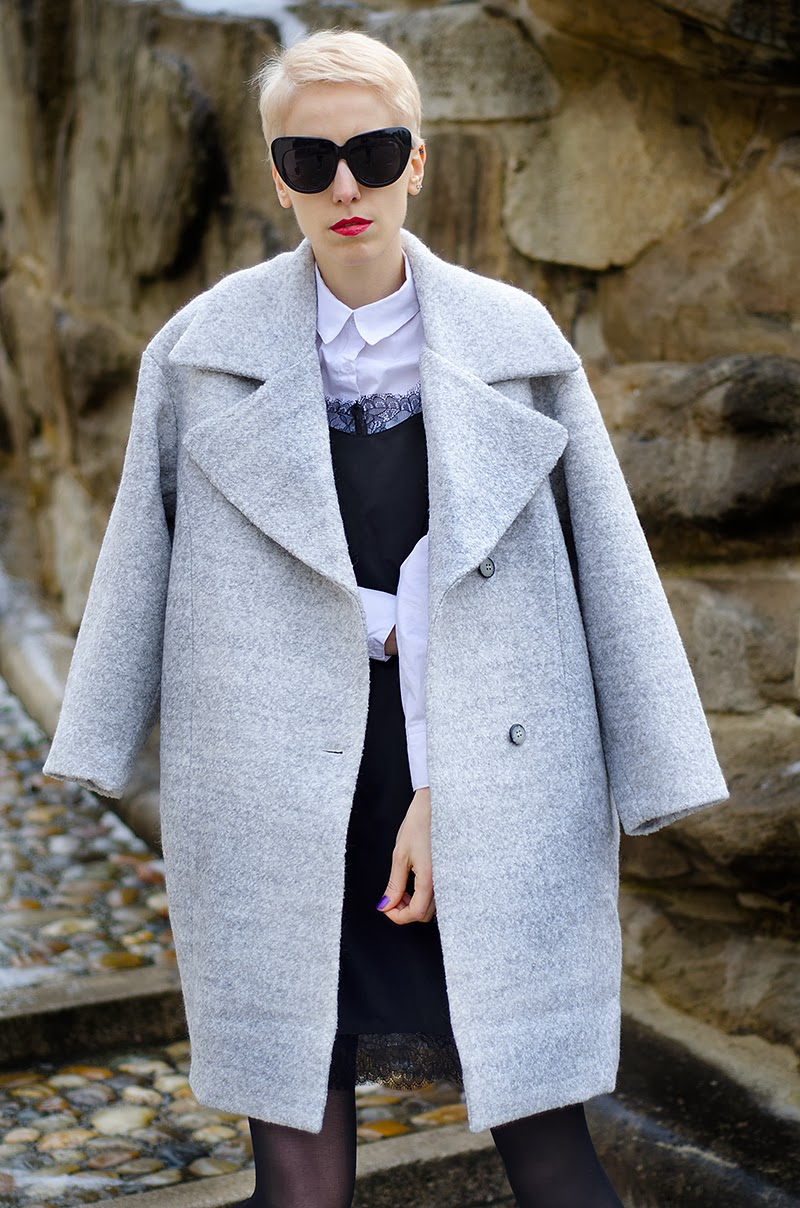 oversized grey coat beeswonderland