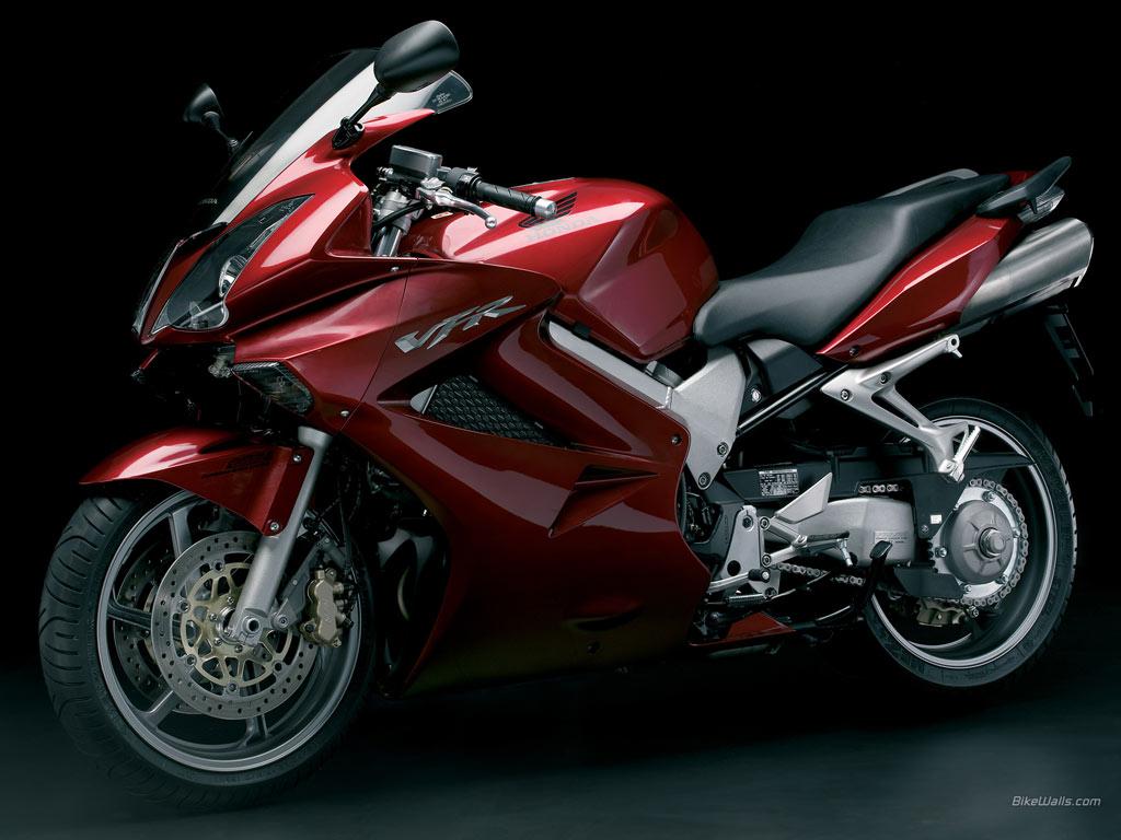 Honda_VFR_2006_18_1024x768.jpg