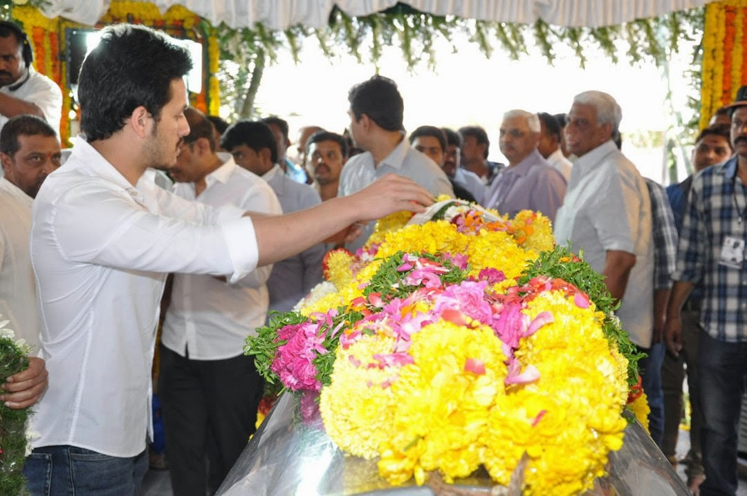 Celebs Pay Homage to Rama Naidu-HQ-Photo-19