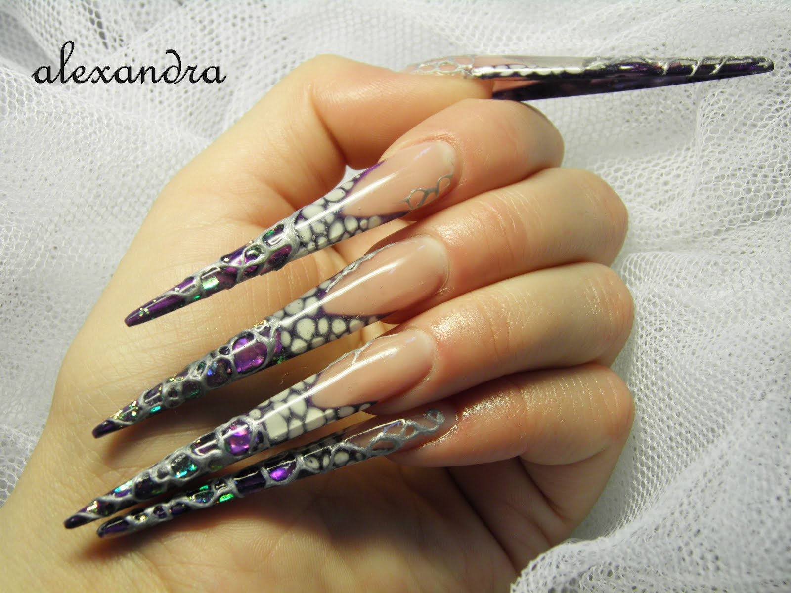 Nail art: Stiletto nail art
