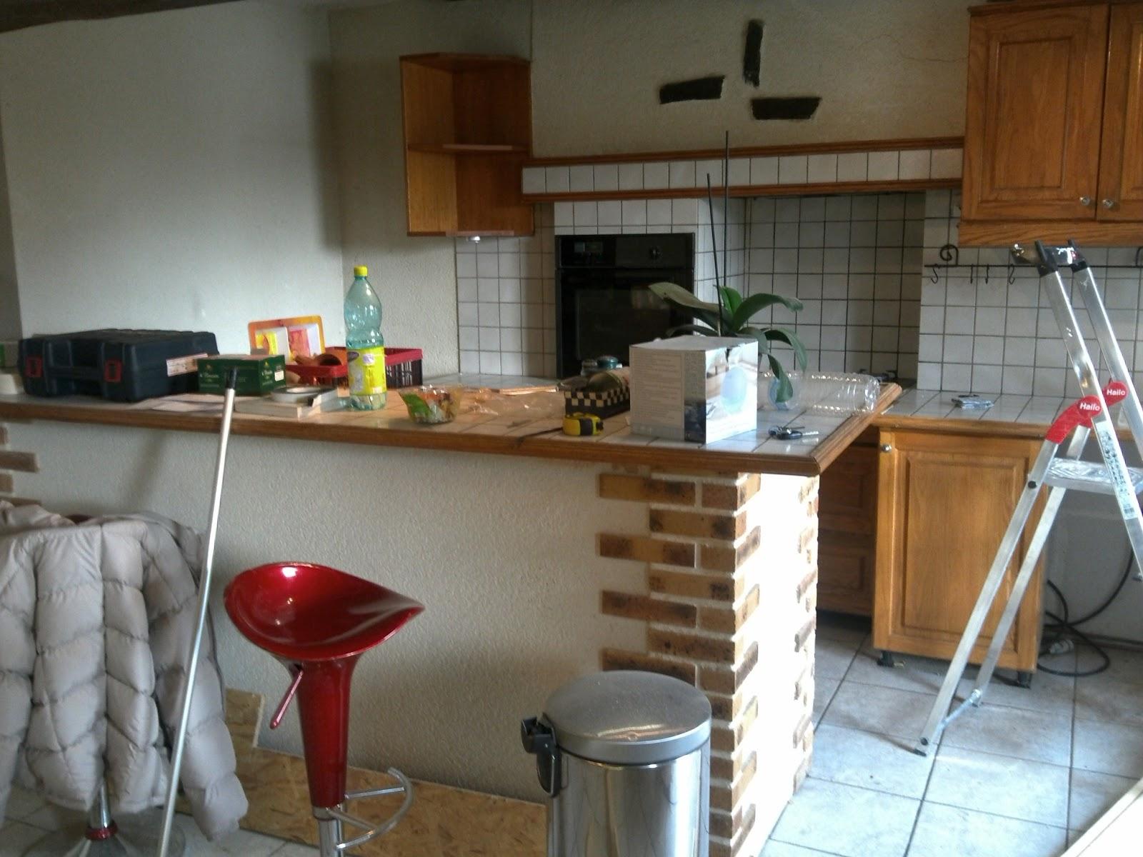 Decoration cuisine fushia for Plaquette de parement cuisine