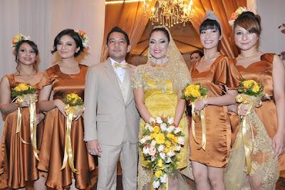 Gambar resepsi perkahwinan Rafflesia Ezlynn-Adam