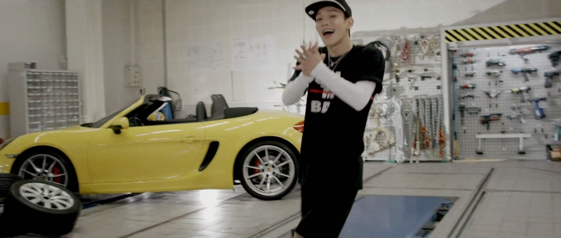 EXO's Chen in Call Me Baby