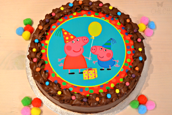 como-decorar-una-tarta-con-papel-de-azucar
