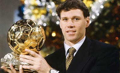 FIFA UEFA pemain terbaik dunia eropa ballon d'or 1992france football world soccer belanda netherlands ac milan ajax san siro