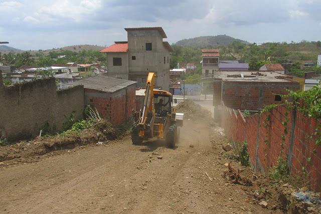 Infraestrutura faz parceria e abre rua no bairro Novo Horizonte em Ibicaraí