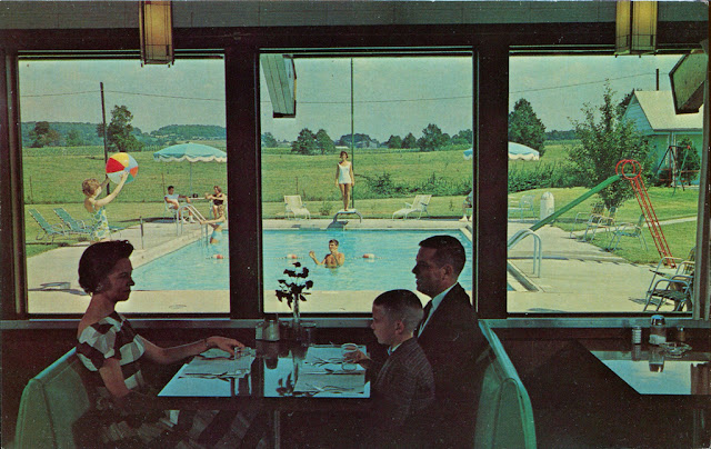 A Collection Of 30 Beautiful Vintage Windows Postcards