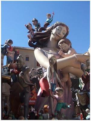 Falla de la Plaça del Pilar (Fotografia: Francesc Arnau i Chinchilla)