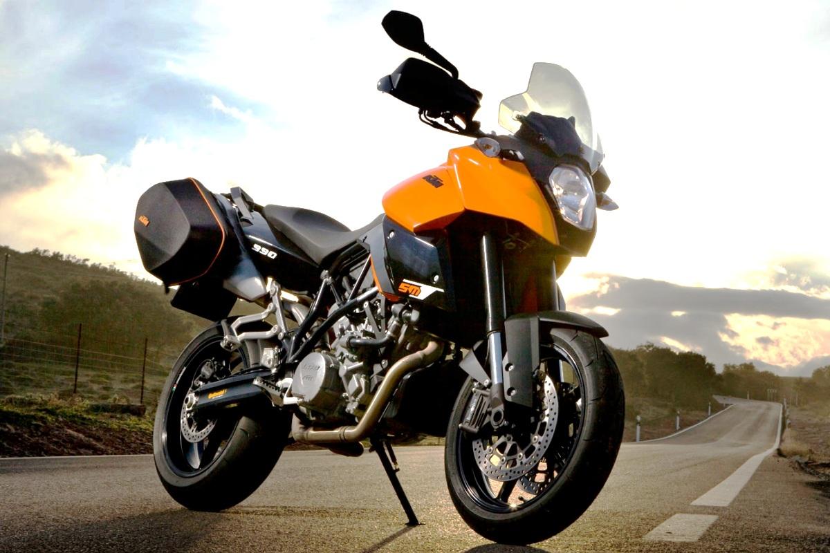 KTM 990 SM T. Majalah Otomotif Online