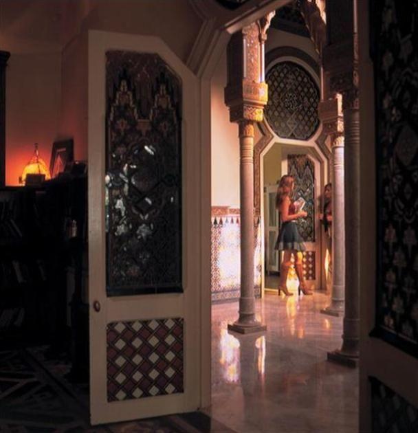Home and Furniture Design: The Arabic Home Interior Designs