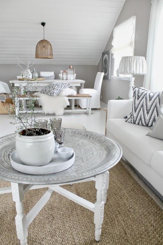 Salon blanco y madera for Salon blanco y madera