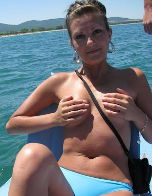 Sweet Amateur Tits On Vacation