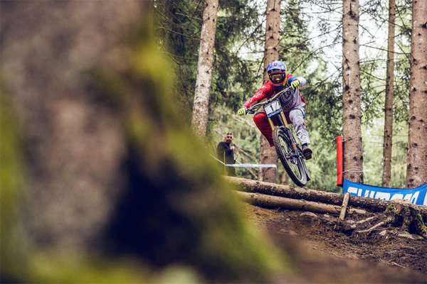 2015 Val Di Sole UCI World Cup Downhill: Qualifying Highlights Aaron Gwinn