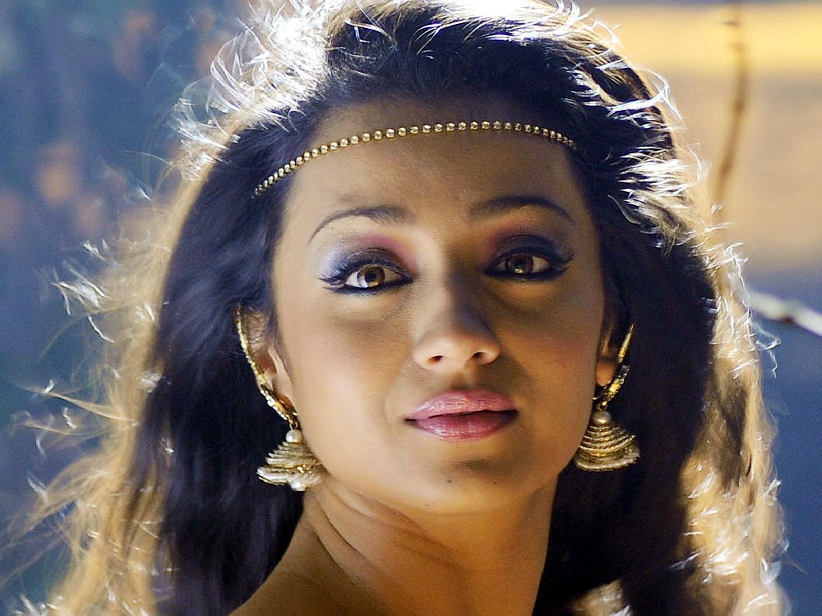 http://1.bp.blogspot.com/-kCHIfUuqtPM/UAvmJbKh16I/AAAAAAAAHzY/BRgZ3vzNuzU/s1600/My+Dream+Girl+%27%27Trisha_Krishnan%27%27+%2827%29.jpg