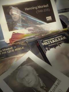 Henning Mankell erakusketa liburutegian