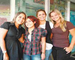 Mulher brasileira está sempre feliz revela estudo