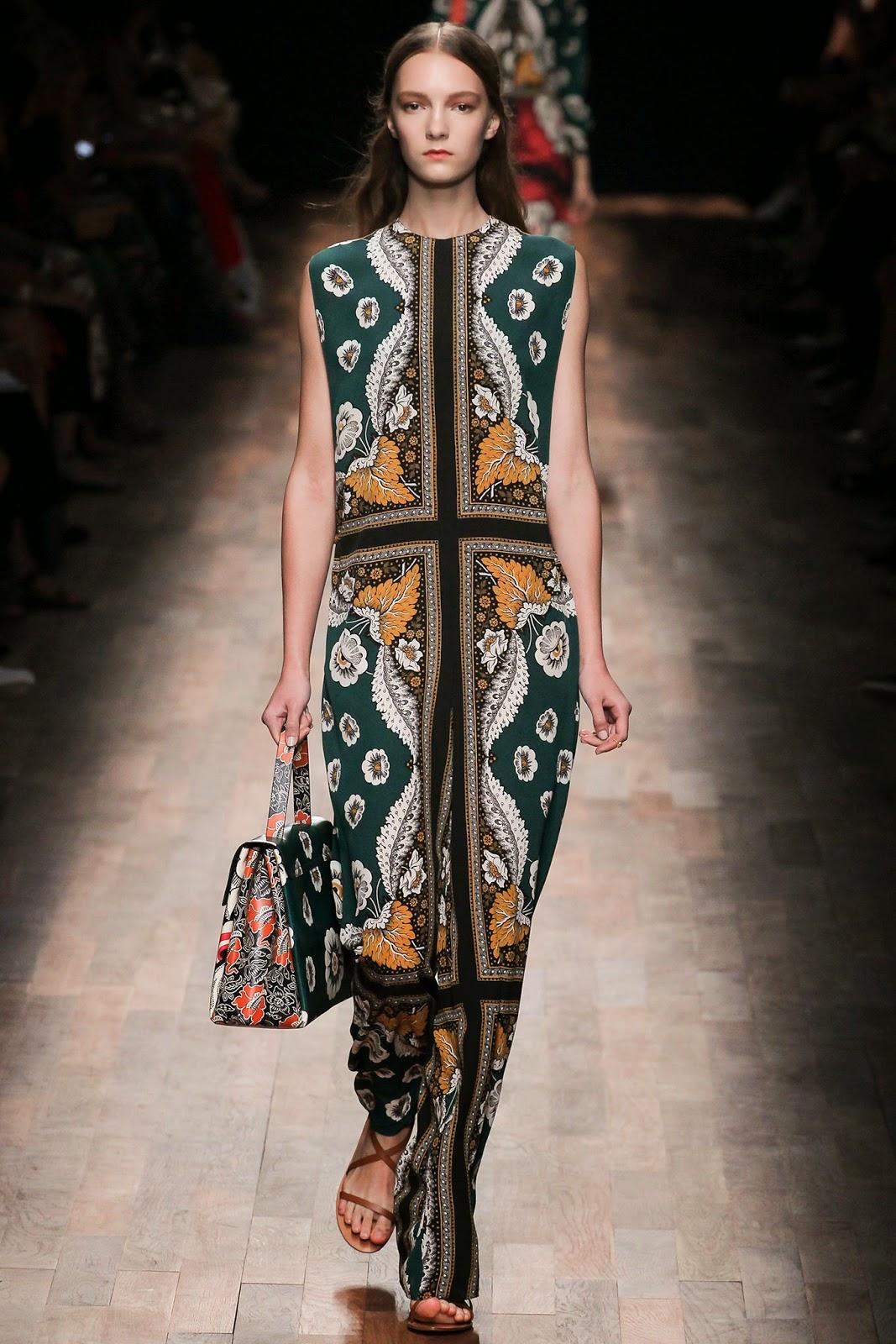 valentino 2015 summer 2016 trend women dress14 Valentino 2015 samling, våren sommaren 2016 Valentino klänning modeller, Valentino kväll klänning nya säsongen kvinnors kjolar modeller
