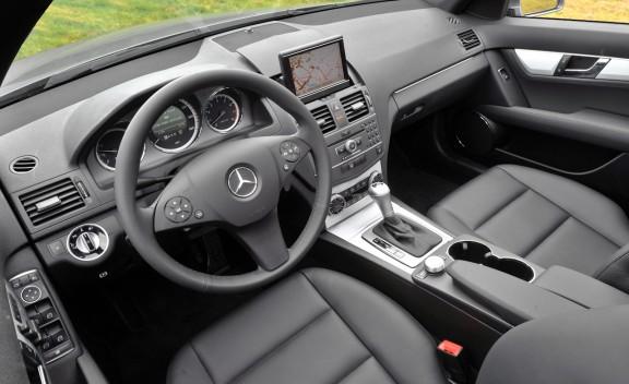 2011 mercedes benz c class c300 news autos review for Mercedes benz 2011 c300 price