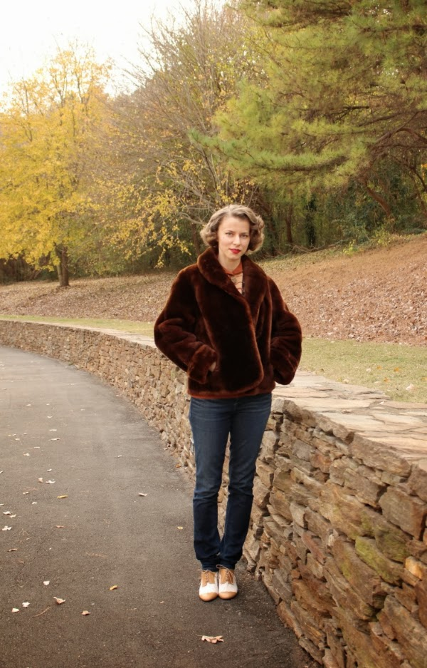 My 1940s Autumn Wonderland #1940s #fashion #40s #winter #coat
