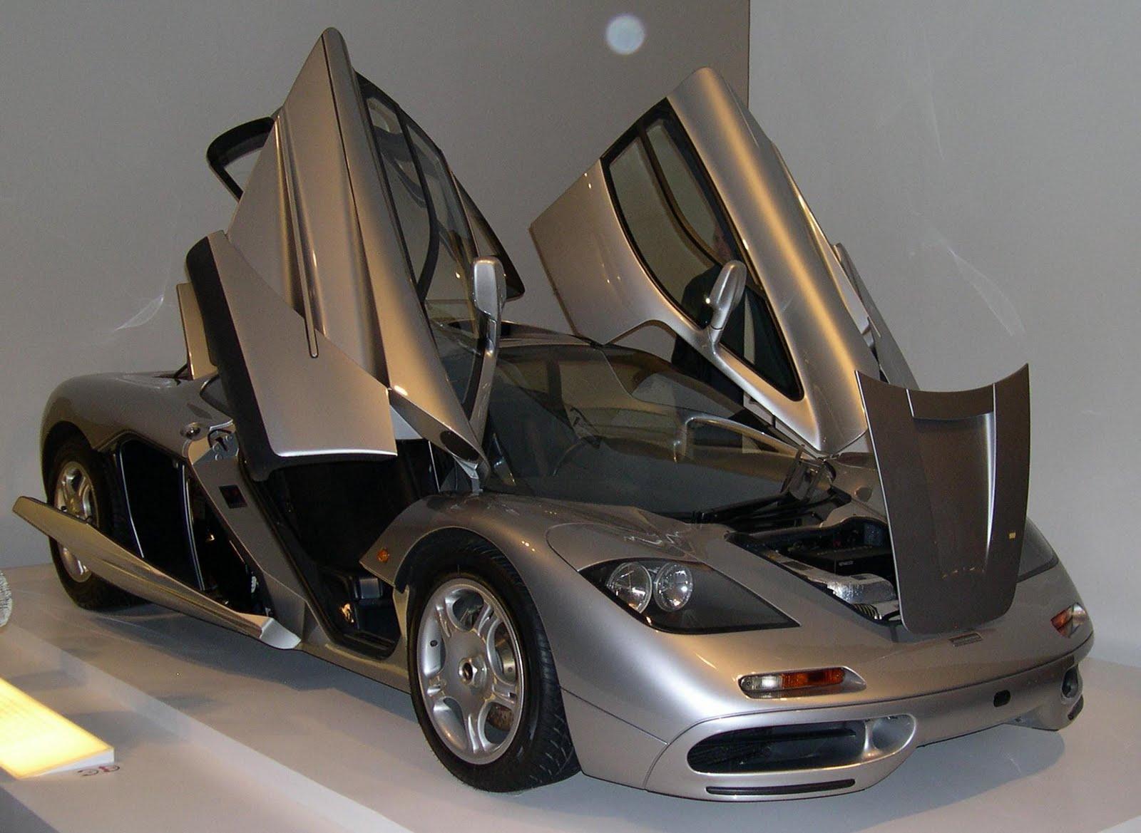 http://1.bp.blogspot.com/-kCu3PrxQnz4/TmV9fsqs6KI/AAAAAAAAAeM/WOm3B8SCE9w/s1600/1996_McLaren_F1_open.jpg
