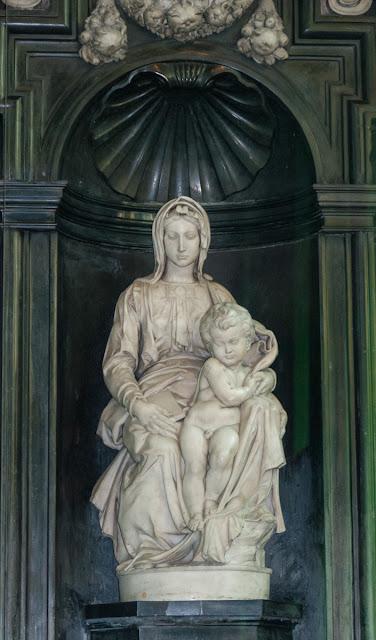 Madonna mit Kind in Brügge