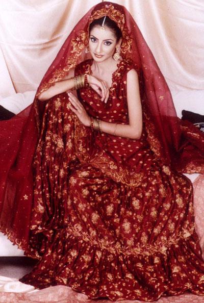 Buy Online Pakistani Designer Clotheswith Free Shipping