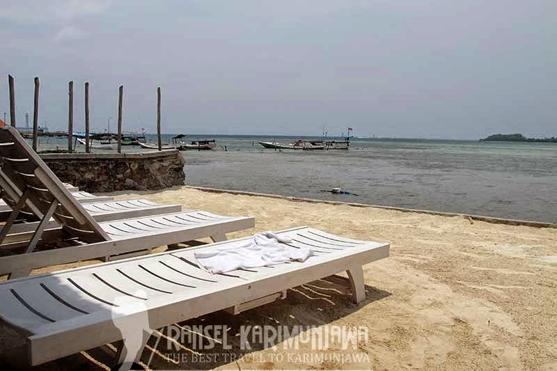 view blue laguna inn hotel karimunjawa
