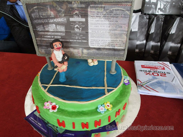 li-ning malaysia string & win grand prize winner syarifah radziah