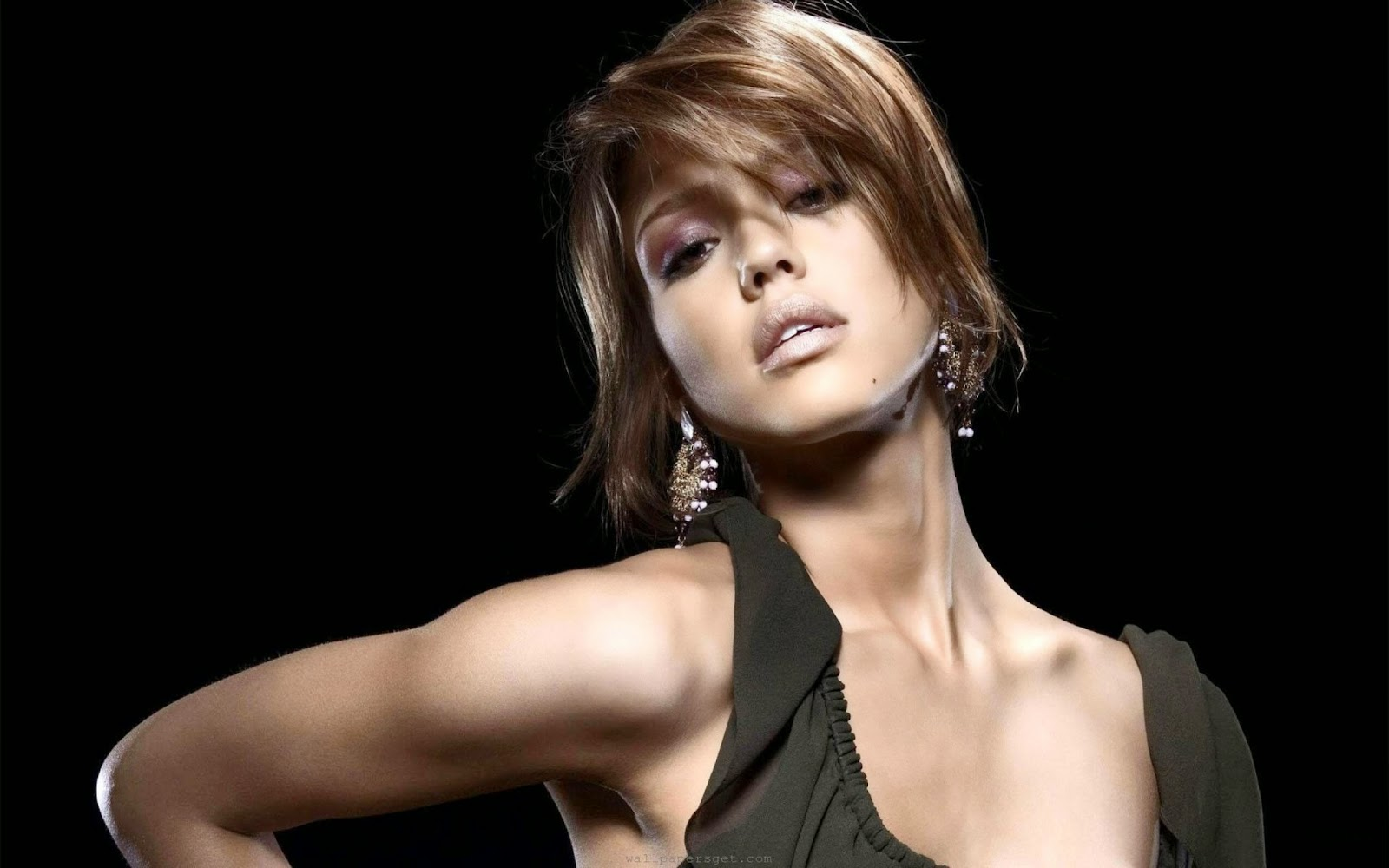 Jessica alba hot hair style hd wallpaper