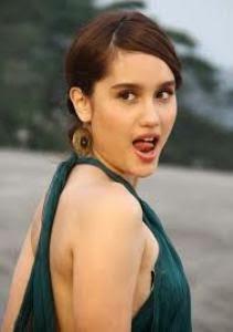 7 model cantik Indonesia yang beralih menjadi penyanyi