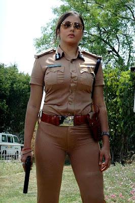 Polisi Wanita India Cantik kereenn...
