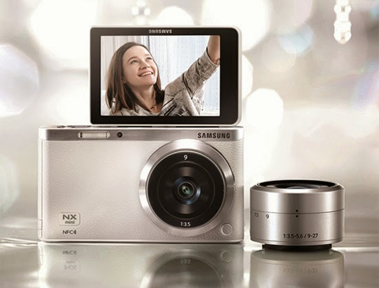 Samsung NX Mini Smart, bokeh effect, Selfie features, street photography, interchangeable lens, Continuous shot, Wi-Fi built-in, NFC, share photo, Wink Shot