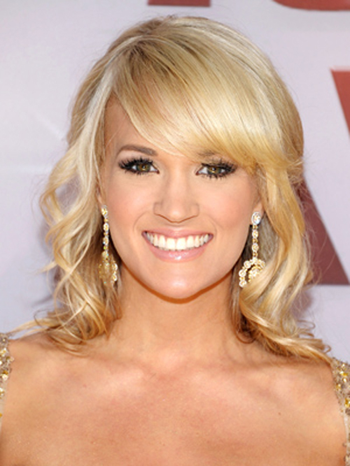 Top Carrie Underwood Blonde Hairstyles