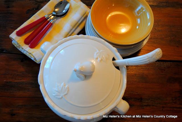 Nana's Macaroni Soup at Miz Helen's Country Cottage
