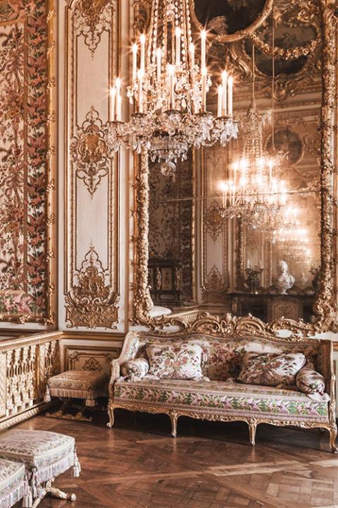 La parigi di maria antonietta maria antonietta tour 2015 for Charles che arredo la reggia di versailles