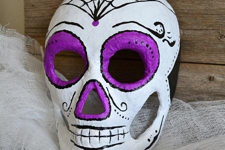 Mascaras decoradas para Halloween de yeso - Imagui