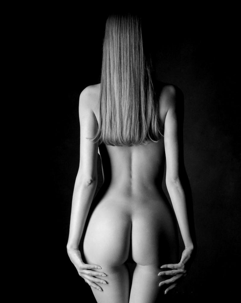 Desnudos mujer africana desnuda