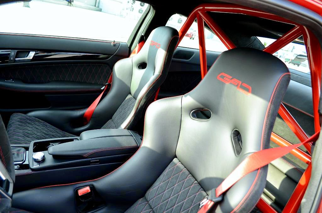 Mercedes benz c63 amg black series by gad benztuning for Interieur w204