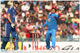 Kevin-Pietersen-Suresh-Raina-4th-ODI-INDIA-vs-ENGLAND-MOHALI