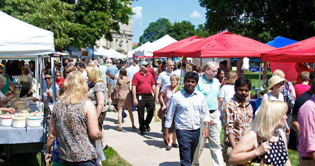 Crowds of shoppers pack the Capitol grounds. Michigan Farmers Market at the Capitol 2013. Tammy Sue Allen Photography.
