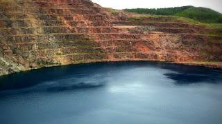 Minas do Camaquã: lago da antiga mina. Caçapava do Sul