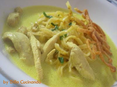 Tagliolini pollo, cocco e curry