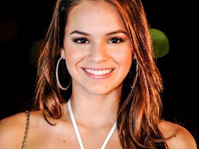 Bruna Marquezine fará Helena jovem, em novela de Manoel Carlos