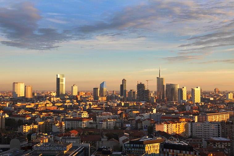 Dal 7 novembre in Fondazione Riccardo Catella la mostra GRATTANUVOLE. Un secolo di grattacieli a Milano