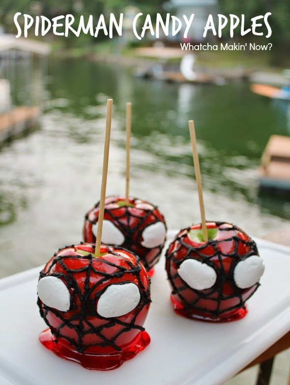Spiderman Candy Apples | WhatchaMakinNow.com