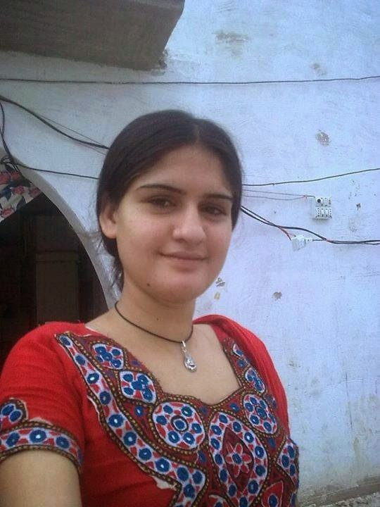 Beautiful Pakistani Local Girls Pictures