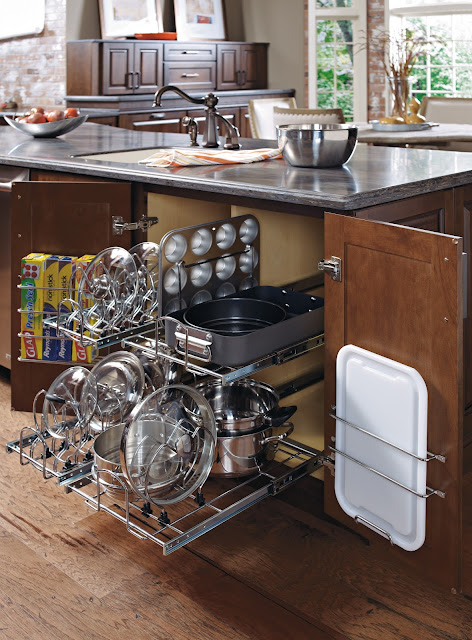 Organized pots and pans that pull out :: OrganizingMadeFun.com