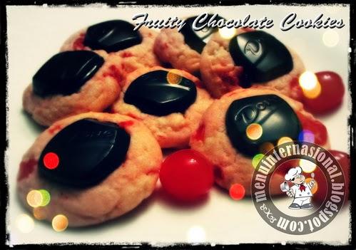 Cara Membuat Fruity Chocolate Cookies Spesial Cantik dan Enak