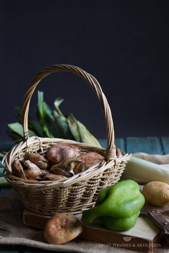 guiso de costillas con patatas y níscalos